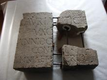i frammenti della stele